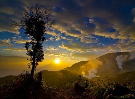 Pendakian Gunung Papandayan Tetap Dibuka