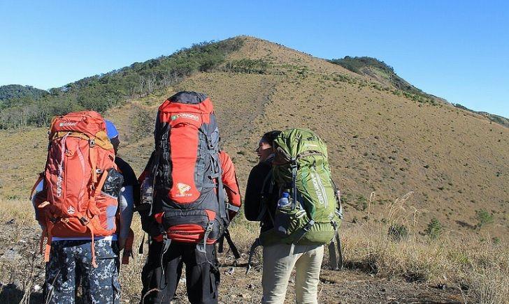 Inilah Alasan Mengapa Mendaki Gunung Guntur Lebih Sulit