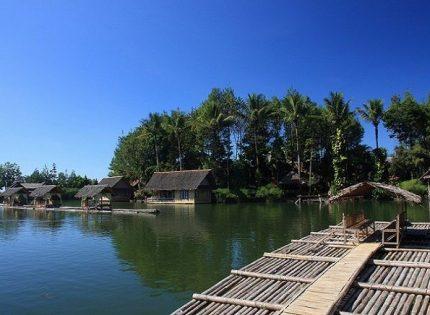 Kampung Sampireun Resort & Spa