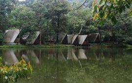 Danau Telaga Warna Wisata Indah di Puncak Bogor