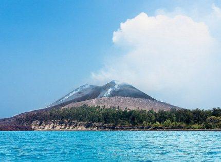 Anak Krakatau-Gunung Eksotik Dalam Balutan Misteri
