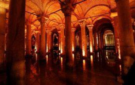 Basilica Cistern–Wisata Bawah Tanah Sumur Yerabatan di Istambul Turki
