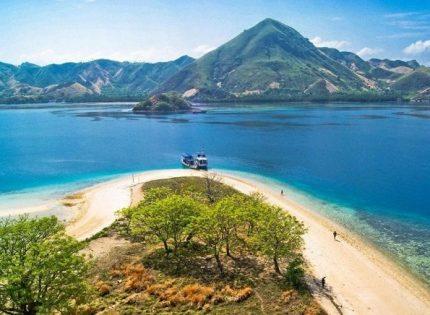 6 Tempat Menarik Untuk Dikunjungi di Pulau Bawean