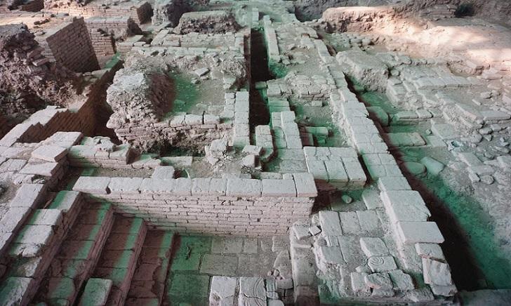 Situs Trowulan, Ibu Kota Majapahit yang Terkubur