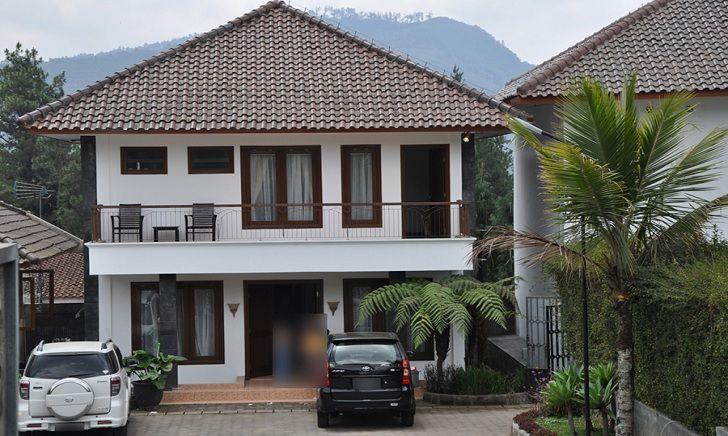 Adhenium Villa