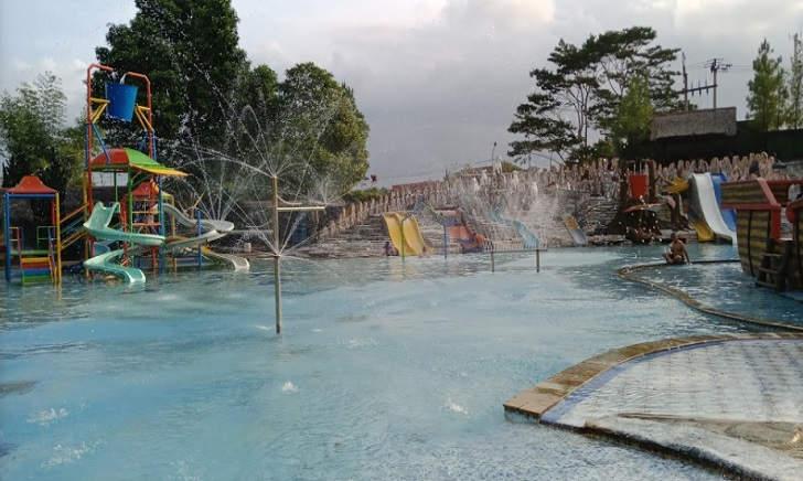 Ember Tumpah Teejay Waterpark