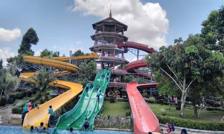 Teejay Waterpark Slides