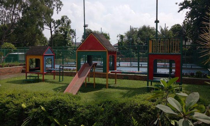 Fasilitas Kolam Renang Villa Duta