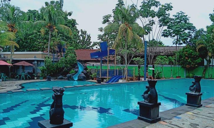 Kolam Renang Taman Sari Persada